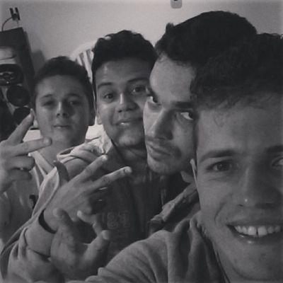 Selfie com os amigos ✌