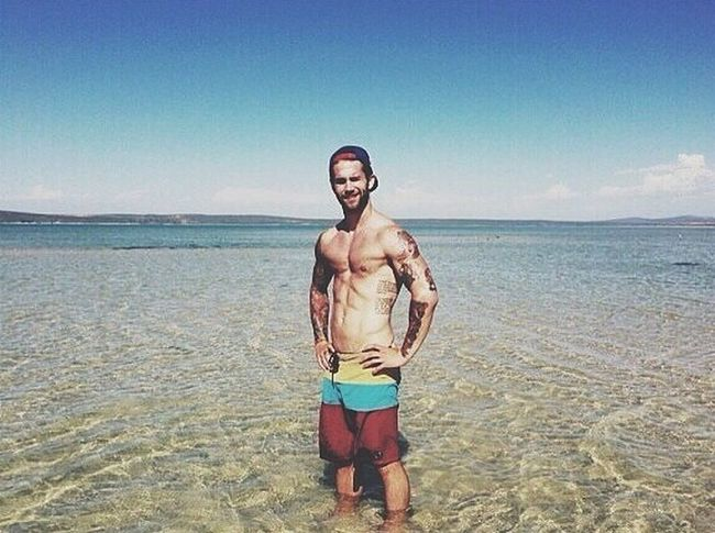 It's Sunday...beautiful people let's have fun!! Man With Tattoo Tattoo Sexy Body