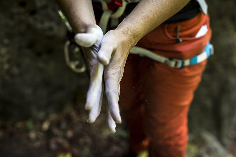 Close up of climbers hands with chalk Boulder Bouldering Chalk Climb Climber Climbing Close Up Close-up Detail Finger Franken Frankenjura Guide Hands Harness Human Hand Kreide Magnesia Mountain Outdoors Preparation  Security Sports Unfiltered Woman