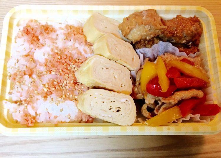 今日の お弁当 Obentou Obento Lunch Food 卵焼き つくね 生姜焼き 鮭ご飯 ねぼうした ごめんね