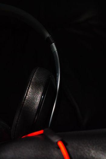 BEATS Leather Leatherchair Black Blackonblack Colorpop Redonblack Red Headphones Audiophile Audio Contrast Intense Focus Intense Productivity
