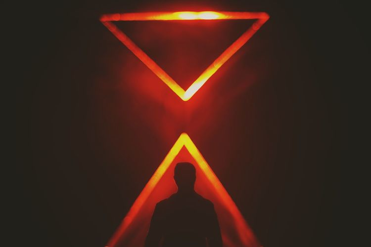 Orange Heat Man Silhouette Futuristic Future Illuminated Red Triangle Shape Pink Color Close-up Interactivity Virtual Reality Simulator Cyberspace Gamer