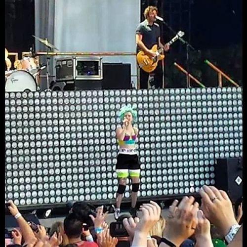 Yesterday at the concert ?Hayleywilliams Monumentour Okc Jeremydavis tayloryork weareparamore howmanylikes likeitup