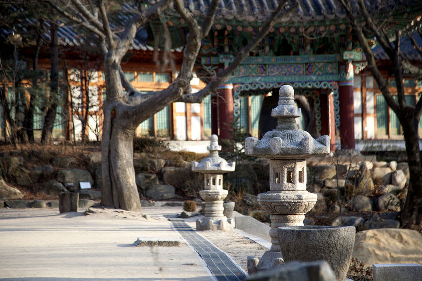 Animal Representation Art Art And Craft Buddhism Buddhismus Buddhist Temple Creativity Cultures Famous Place Fountain Human Representation Korea Traditional Architecture Ornate Place Of Worship Religion Sculpture Selective Focus Silsangsa Spirituality Statue Stone Tower Winter