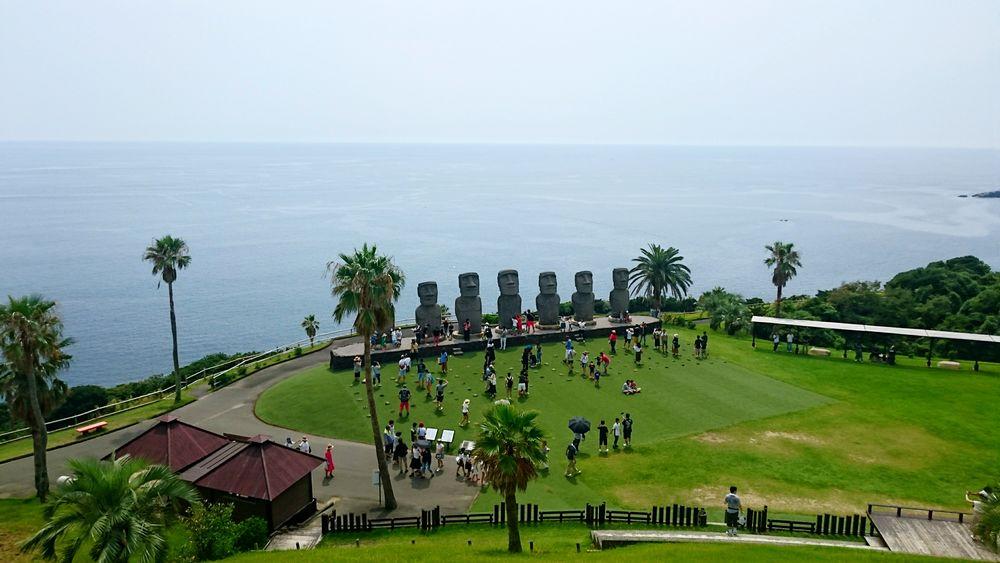 宮崎県 サンメッセ日南 モアイ 海 水平線 Miyazaki Moai Sea Horizon