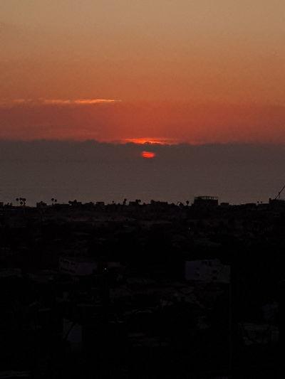 atardecer Astronomy City Sunset Tree Red Silhouette Sky Atmospheric Mood Cumulus Moody Sky