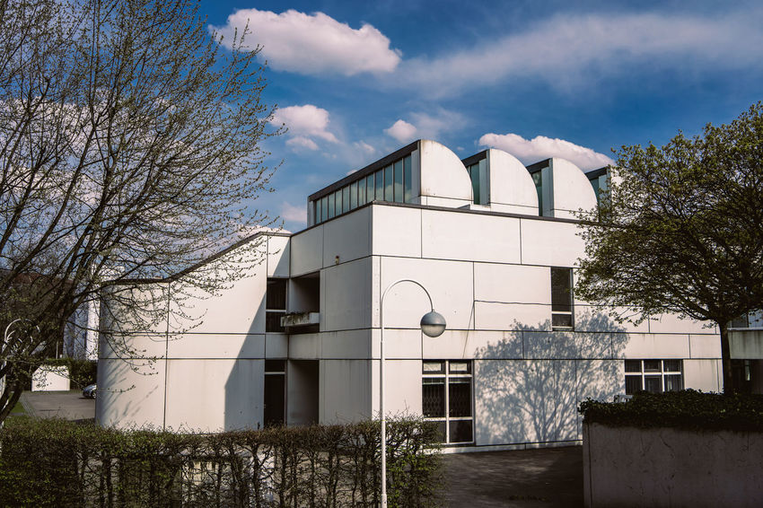 Bauhaus Archives Bauhaus Bauhaus Building Bauhaus Museum Bauhaus Architecture Bauhaus Style Apartment Architecture Bare Tree Building Building Exterior Built Structure City Cloud - Sky Day Entrance House Low Angle View Modern Nature No People Outdoors Plant Residential District Sky Tree Window