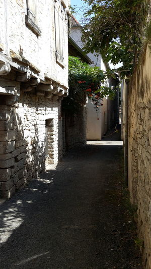 Cajarc Built Structure Architecture The Way Forward Day No People Building Exterior Outdoors Ruelles Old Buildings Architecture