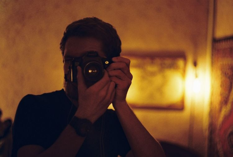 Find yourself Bulb Camera Eye Canon Comfortable Edison EOS Eye4photography  EyeEm Best Shots Film Film Camera Home Human Face Its Me Lamp Mirror No Filter Nofilter Photographer Portrait Reflection Soft The Human Condition Ukraine 35mm Film