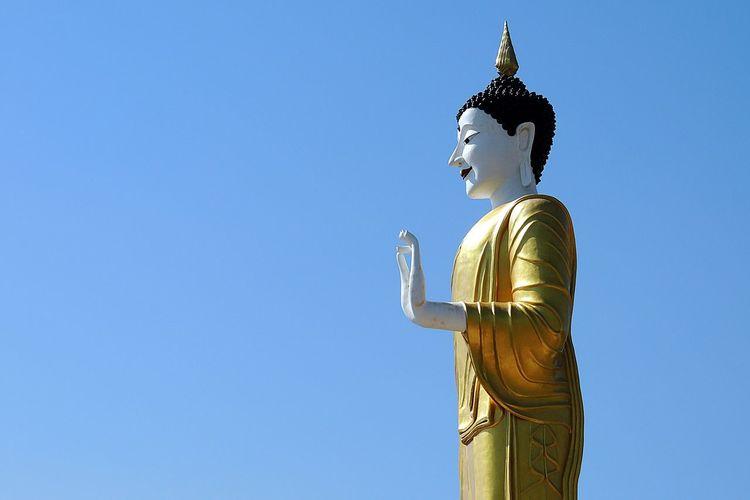 Buddah Big Buddah Sky Clear Sky Art And Craft Buddah Statue Stone Material Thailand Place Of Worship