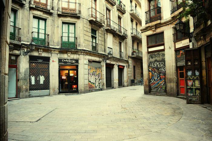 Dec 2014 Barcelona SPAIN Viva España Streets Of Barcelona RUES Travel Voyages Cityscapes