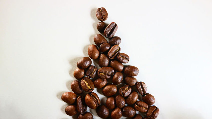 The Christmas Coffee Bean Brown Close-up Coffee - Drink Coffee Bean Food Food And Drink Freshness Indoors  Large Group Of Objects No People Raw Coffee Bean Roasted Coffee Bean Still Life Studio Shot White Background