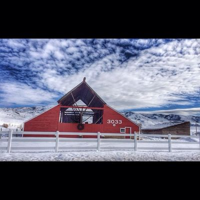 Morgan Utah Ig_utah Beautiful Barn snow winter westernlandscape landscape sky clouds 801 cold awesome scenery