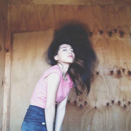 Flip it! Hair Flip Selftimer Model