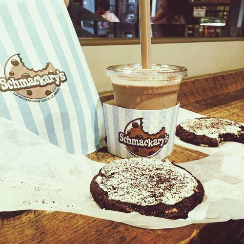 Schmackarys 🍪🍦 Cookies Cream Milkshake Foodporn Chocolate Milk Choc Chip NYC New York