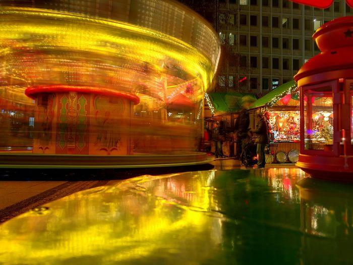 Karussell Weihnachtsmarkt Night Langzeitbelichtung Illuminated