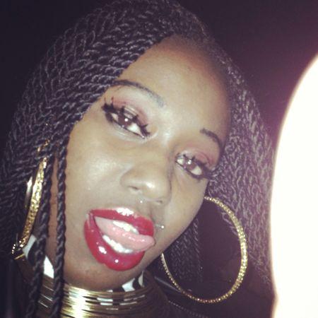 MY LIPS MAKE YOU GO MMMM!!!!