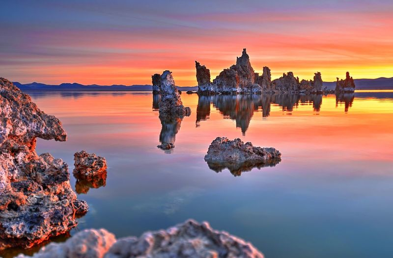 Cold morning, colorful dawn Long Exposure Nikonphotography Nikon Sunrise Dawn Colorful Monolake Water Sky Reflection Nature Beauty In Nature Cloud - Sky Outdoors My Best Photo Stay Out