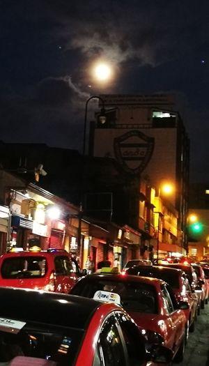 San Jose Costa Rica anocheciedo