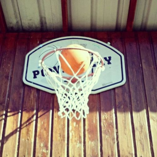 Work hard and Play hard ? ! Il aura fallut 4 défaites pour savourer la victoire ;) Lovebasketball Neverstopbelieve