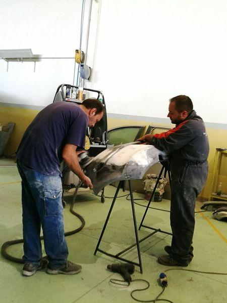 Working Shop Car Employee Mechanic Sable Shop Around The Corner Workshop Workplace