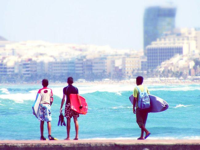 Surfing Las Palmas De Gran Canaria