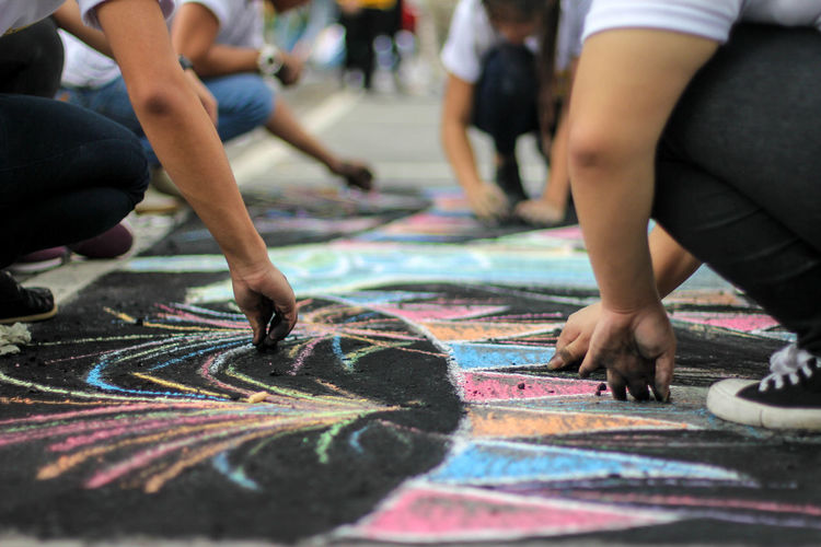 City Group Of People Street Creativity Real People Day People Incidental People Low Section Men Leisure Activity Focus On Foreground Selective Focus Sport Lifestyles Art And Craft City Life Outdoors Adult Crowd Chalk Art Chalk
