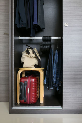 storage ideas for small spaces~ Arrangement Bedroom Home Interior Ideas Interior Interior Design Interior Views Luggage Maximize Organising Space Small Spaces Space Storage Storage Solution Wardrobe