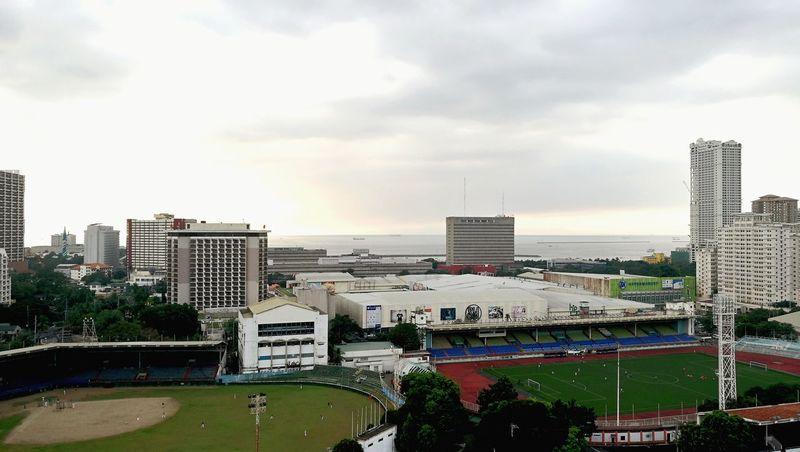 Stadium Sky And Clouds Manila Photography City Skyscraper Architecture Urban Skyline Building Exterior Cloud - Sky Cityscape Soccer Field