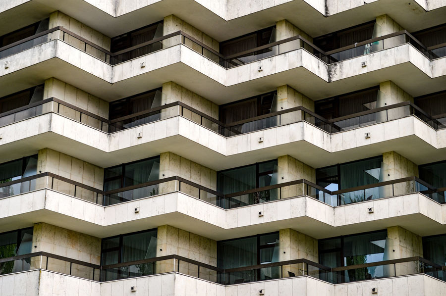 Architectural Detail Architectural Feature Architecture Architecture_collection Balcony Building Exterior Built Structure City Cityexplorer Façade Full Frame Geometric Shape Pattern Symetry Urban Geometry Urbanphotography Window The Architect - 2017 EyeEm Awards