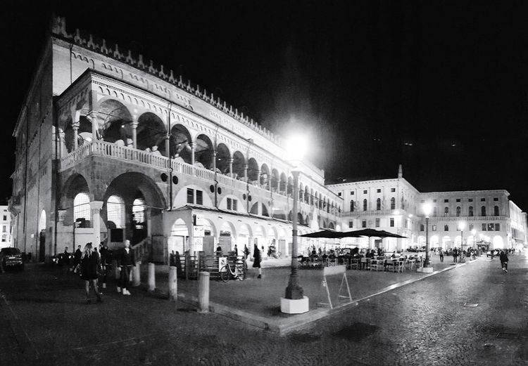 Padua, Italy. Piazza delle Erbe. Palazzo Della Ragione Padua Padova Padova, Italy Nightphotography Night Shot Nocturnal Piazza Delle Erbe Town Historical Building Blackandwhite Black And White Black & White Blackandwhite Photography Black And White Photography EyeEm Best Shots - Black + White City Illuminated Nightlife Architecture Building Exterior Built Structure Historic Passageway Arch Town Square