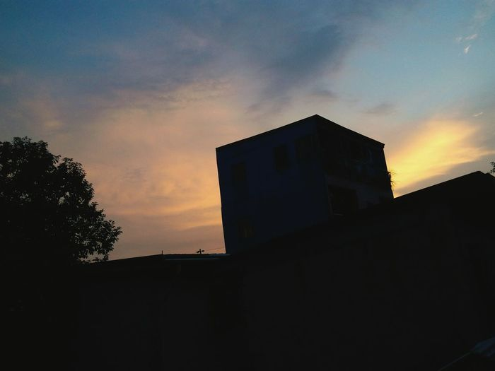 Home Is Where The Art Is Art Is Meaningful Unspoken Sunset Naturelover Philippines Proudly Pinoy