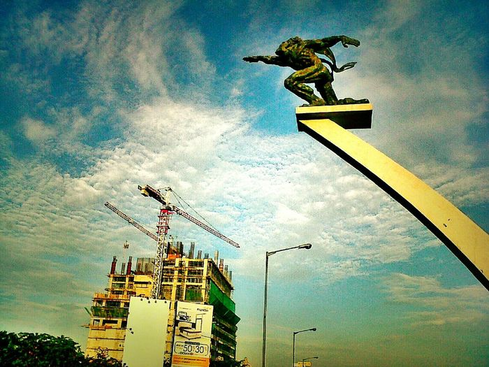 Dirgantara statue Jakarta Indonesia Pancoran Soekarno Indonesia_photography Indonesian Photographers Collection Hello World The Places I've Been Today My Favorite Photo Jakarta As I See It