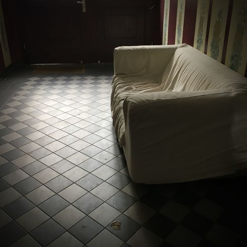 Willkommen; setz dich doch … Couch Hallway Indoors  Furniture Flooring No People Home Interior Sofa Tile Still Life Absence Tiled Floor Seat House Empty