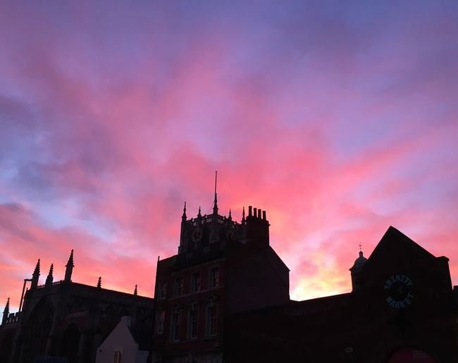 Architecture Built Structure Sunset Beautiful Sky Hull City Of Culture 2017 Pink Yellow Sky Church Tower Silhouette Holy Trinity Church Hull Sky