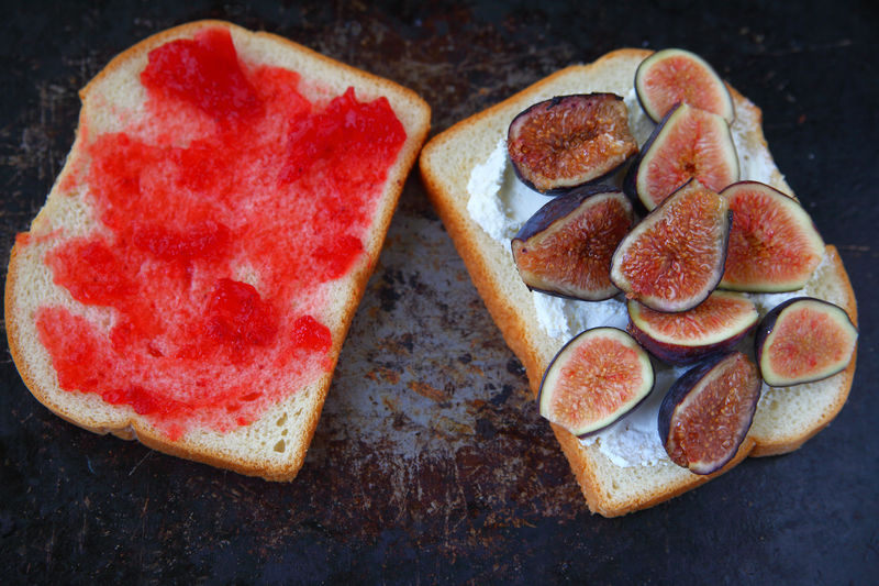 Fresh fig sandwich with jam Food Healthy Eating Freshness Indoors  Breakfast No People Close-up Meal Fresh Fruit Figs Raspberry Jam Sandwich Overhead Natural Light Delicious Food Preparation Baking Pan Room For Text Bread Slices Homemade Food Studio Shot Breakfast Light Meal Cream Cheese