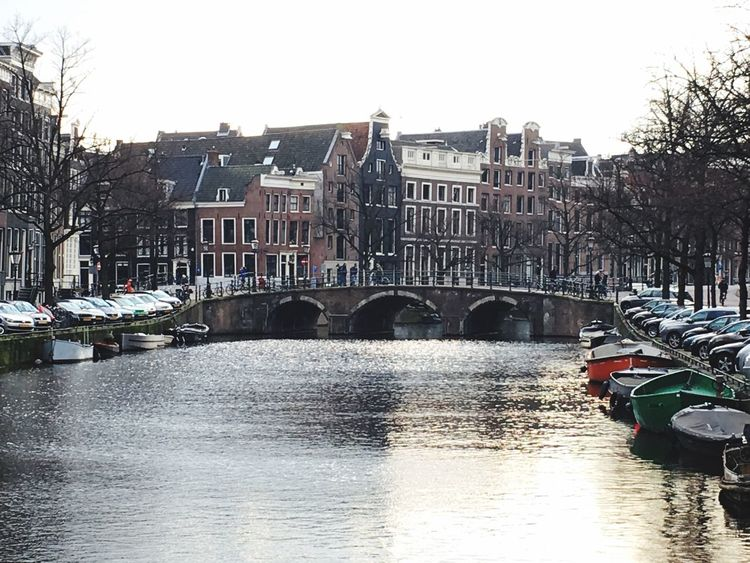 United We Stand Duality Water Reflections Canal Holland Sunset Sunlight Split Tone Neighborhood Map An Eye For Travel