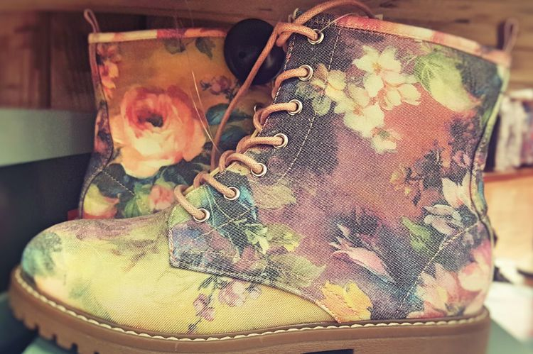 Pastel Power Shoes Boots Fowers Doc Martens