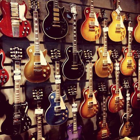 Guitarhero Guitar Paris