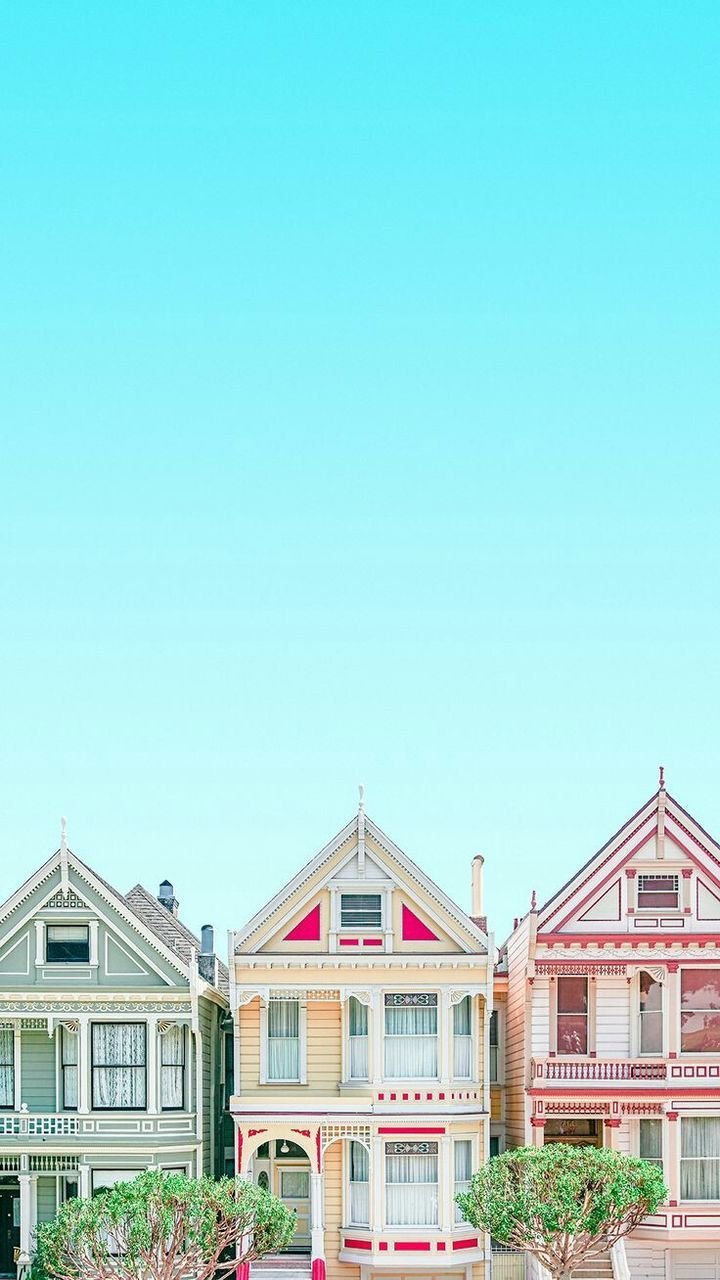 built structure, building exterior, architecture, house, copy space, outdoors, day, clear sky, blue, sky, no people, tree, nature
