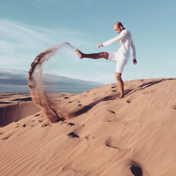 Maspalomas Desert One Person Adult Only Women Adults Only One Woman Only Full Length Sand People One Mature Woman Only Day Women Outdoors Sand Dune Desert Nature Young Adult Huaweiphotography HuaweiP10 Travel Destinations Men Summer Portrait Vacations Only Men One Man Only
