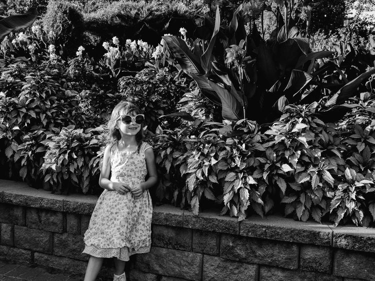 Visual Journal September 2018 Lincoln, Nebraska S.ramos September 2018 Lincoln, Nebraska Sunken Gardens Always Making Photographs Camera Work Photowalk Tourist Destination EyeEm Best Shots Eye For Photography Getty Images FUJIFILM X100S Off Camera Flash Visual Journal Photo Diary Long Form Storytelling Photo Essay Formal Garden Portrait Monochrome Schwarzweiß B&W Collection Little Girl Sunglasses Plant One Person Standing Real People Women Leisure Activity Growth Nature Child Females Flower Childhood Day Front View Girls Lifestyles Casual Clothing Tree Outdoors