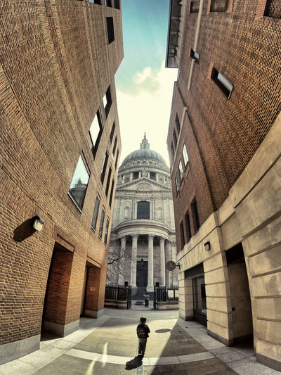 Alone Architecture Building Exterior Sky Street Nature City Walking History Sunlight St Paul's Cathedral St Pauls Cathedral London Catedral England Kid One Person Outdoors Religion The Past Building Incidental People Footpath