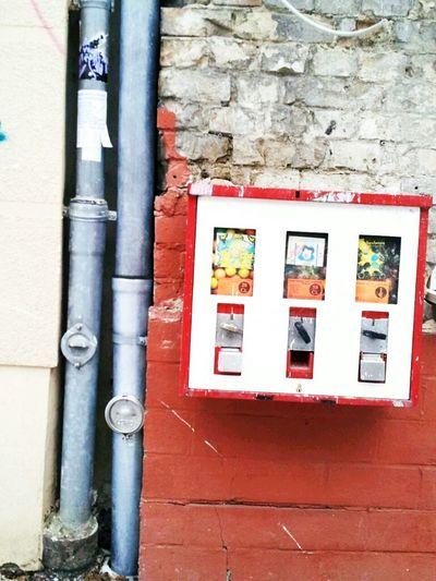 Streetphotography Kaugummiautomaten Automat My Fuckin Berlin