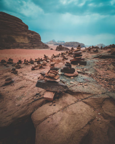 Rock Nature Tranquility Cloud - Sky Beauty In Nature Environment Desert Arid Climate Geology Scenics - Nature Wadi Rum Lawrence D'arabie House Red Sand Idol Blue Sky Sunlight Point Of View Hike Mountain Valley Canyon Travel Tourism Crazy Place Peaceful