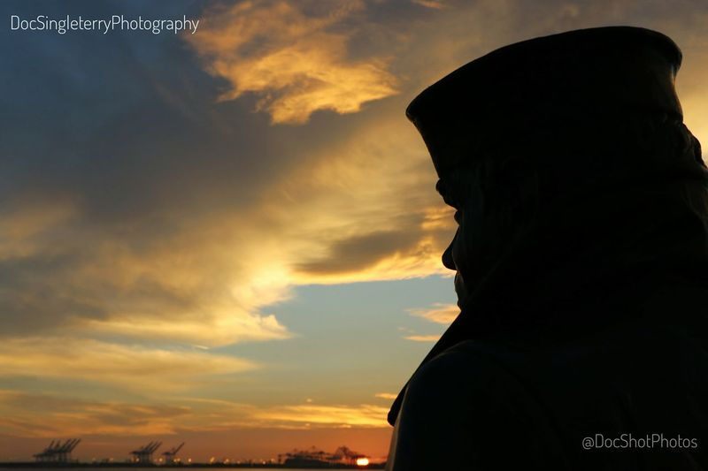 Standing Watch Sunset Silhouette Sailor Bronze Statue My Year My View Statue Memorial Navy Sunsets Beautiful View ForTheLoveOfPhotography Cloudscapes From My Point Of View Skyscapes Statues Sky And Clouds Sailors Majestic Beauty In Nature Perspective Silhouettes Sunrise And Sunsets Horizon Memorials