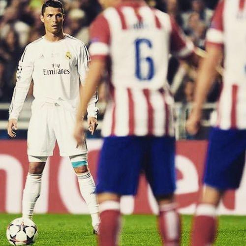 Ronaldo against Athletico Madrid Cr7fans Cr7 Cristianofans Realmadrid Halamadrid CristianoRonaldo Ronaldo Penaltyman Penaldo Goalmachine Athleticomadrid Athletico Madrid LaLiga White Football Fans Derby
