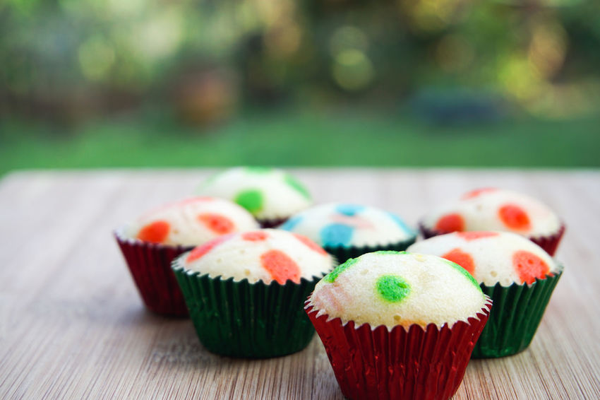 cup cake on wooden table Business Mother Bakery Cafe Cake Cupcake Cupcake Holder Dessert Food Food And Drink Freshness Home Made Food Indulgence No People Ready-to-eat Still Life Sweet Sweet Food Table Temptation Unhealthy Eating Yummy