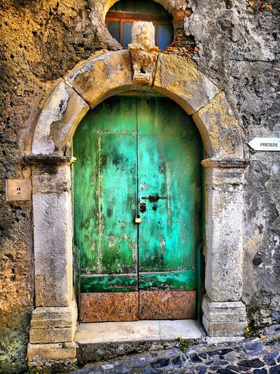 Door Closed Architecture Close-up Built Structure Green Color Building Exterior Entryway Entryway Entryway Open Door Entry Door Handle Front Door Front Door Archway Mail Slot Locked Padlock Doorway Lock Keyhole Arch Arch Arch Arch Arched Closed Door Entrance Wall Wall Wall Wall