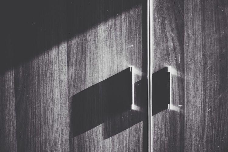 Equilibrium Sun Light Sun Rays Shadows & Lights Shadow Minimalism Sunny Day Black And White Closet